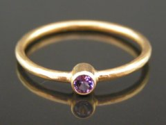 Lilla safir ring